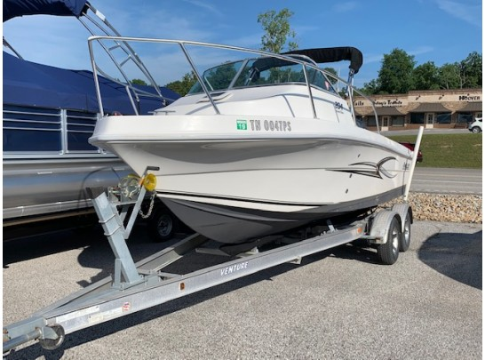 2008 Angler 204 Fishing Boat