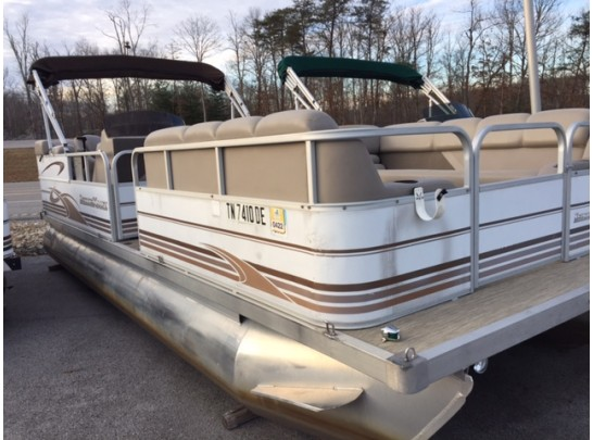 2002 22' Leisure Kraft Pontoon