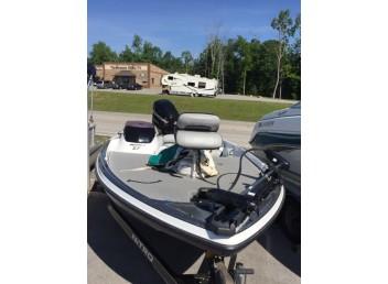 2008 Nitro Fishing boat