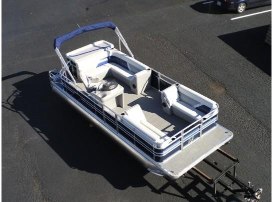 22' Challenger Series Leisure Kraft